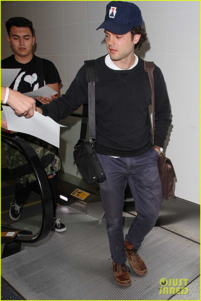alden ehrenreich looks cool arriving at lax airport 123809718
