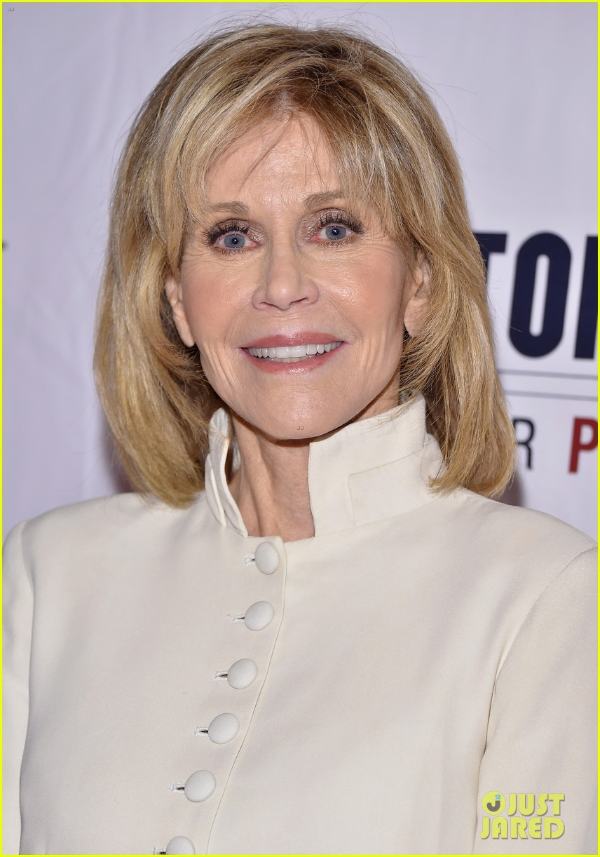 jane fonda hosts star studded tectonic at 25 benefit 063804455