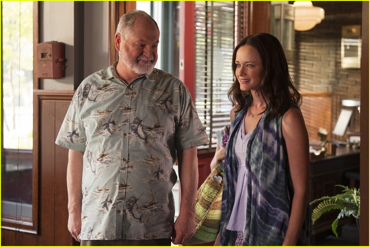 gilmore girls year in the life new stills 013809901