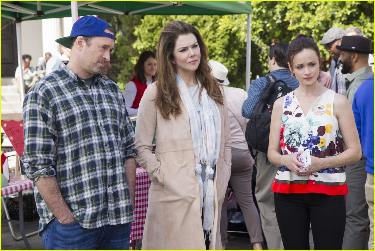 gilmore girls year in the life new stills 043809904