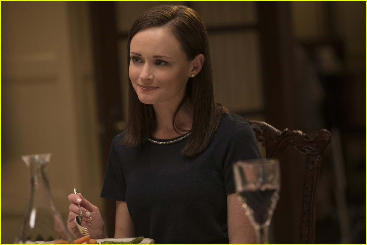 gilmore girls year in the life new stills 143809914