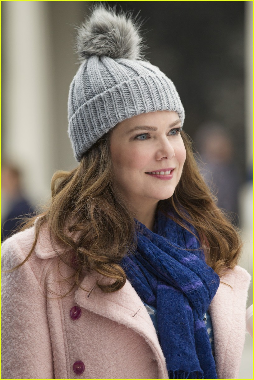 gilmore girls year in the life new stills 153809915