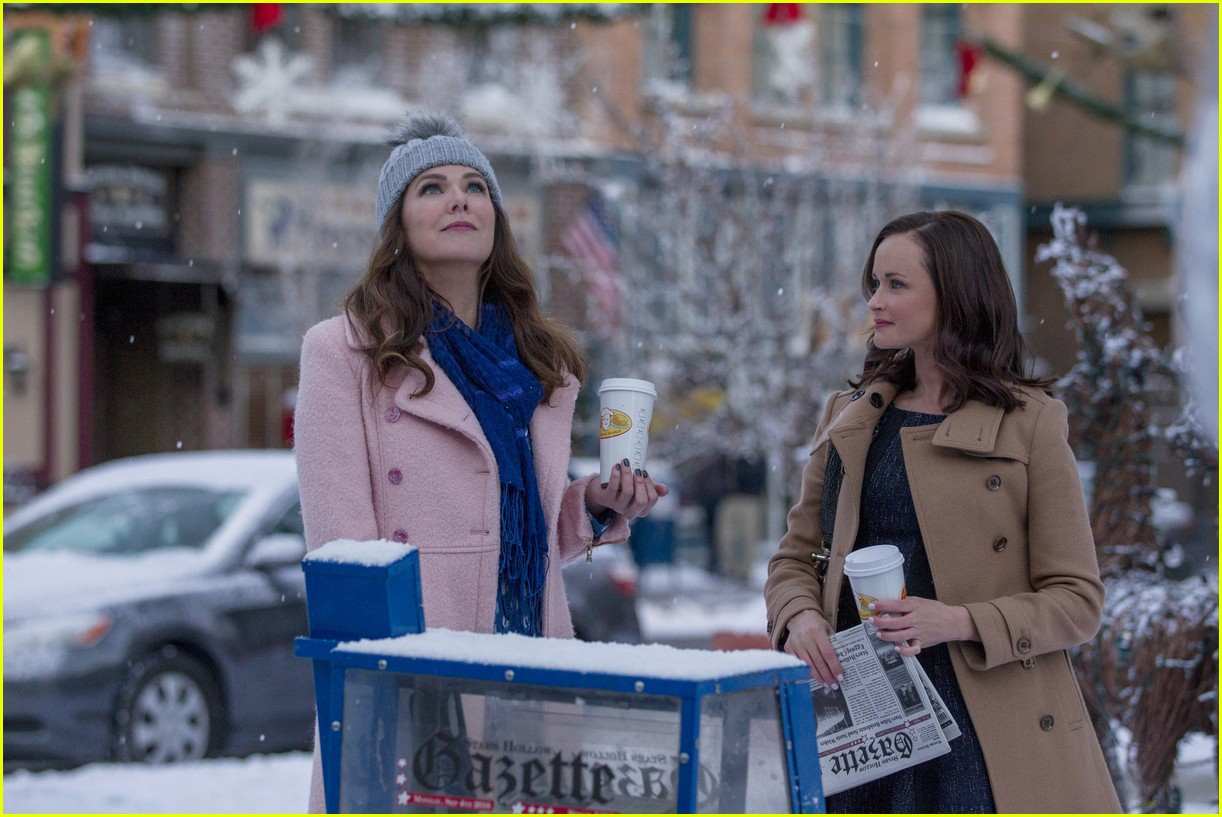 gilmore girls year in the life new stills 213809921