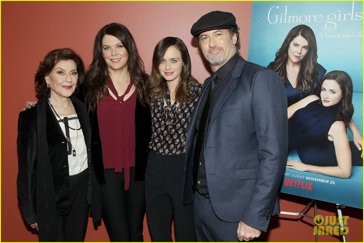 lauren graham kelly bishop totally predicted her relationship with peter krause 023817862