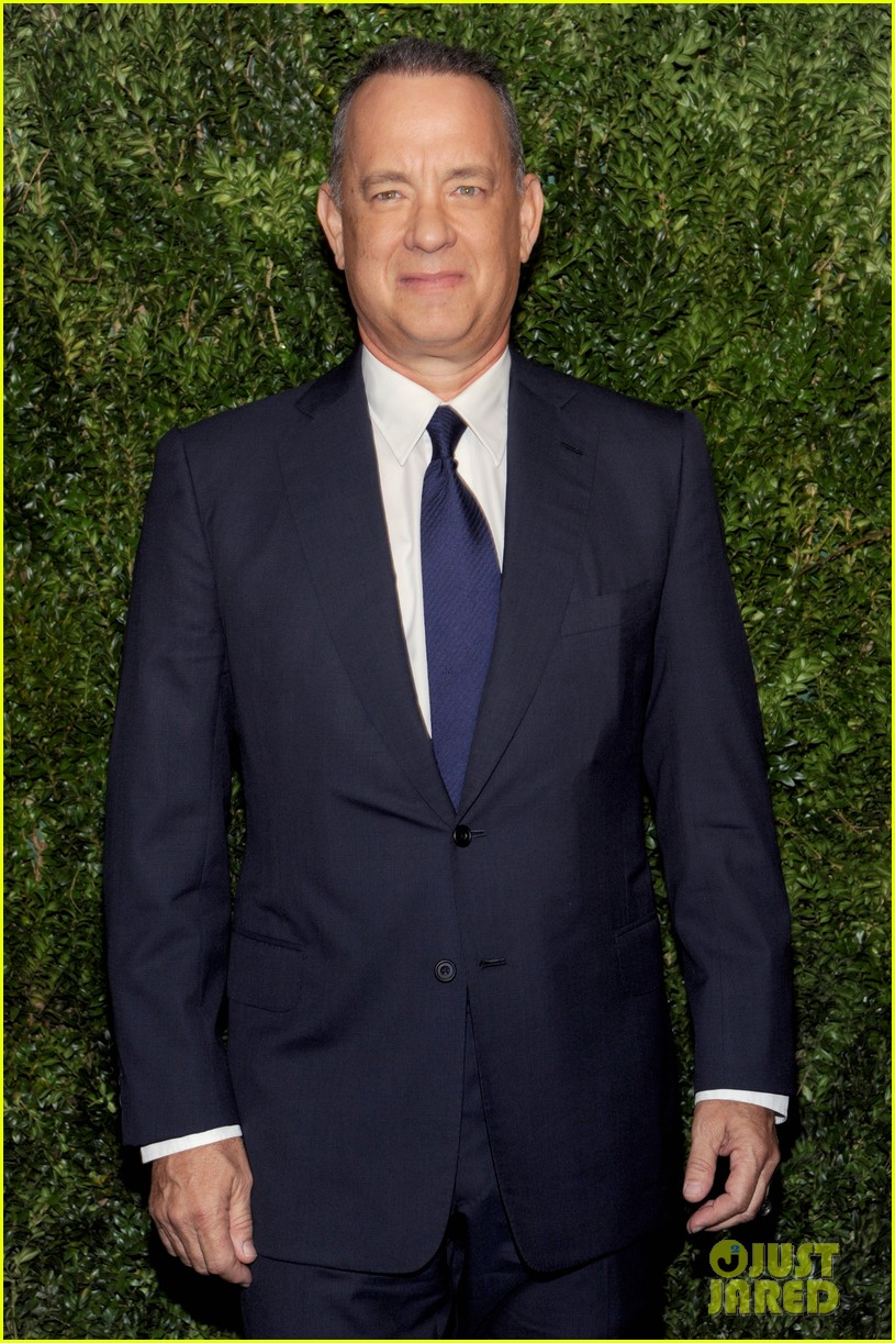 tom hanks talks post election while being honored at film benefit 013810267