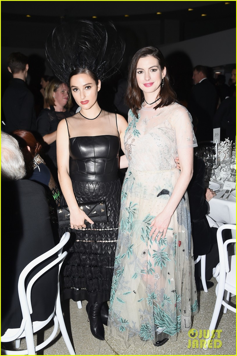 anne hathaway has incredible evening with hubby adam shulman at guggenheim 053811453