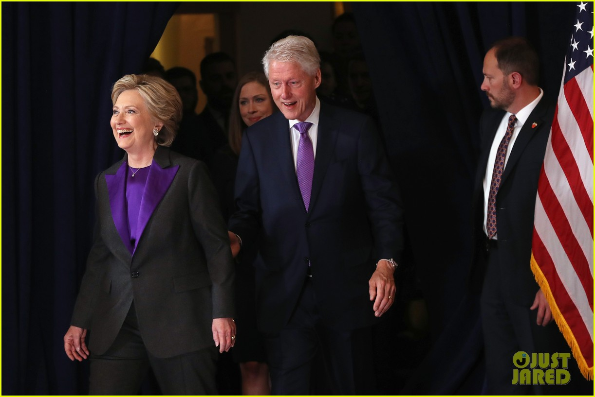 hillary clinton family shows suppport during concession speech 053805226