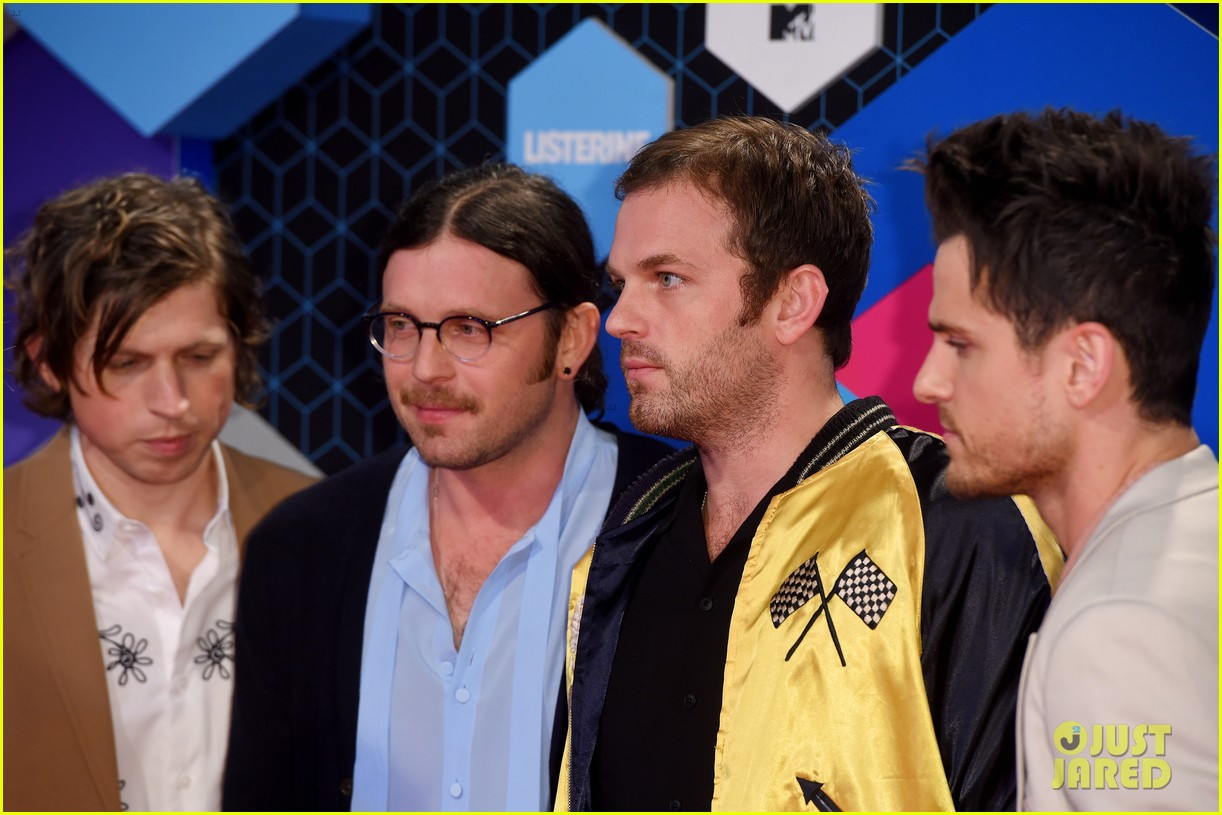 kings leon one republic 2016 mtv emas 043803413