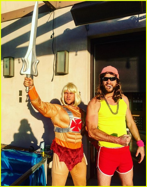 miley cyrus liam hemsworth get the 1980s party started at luke