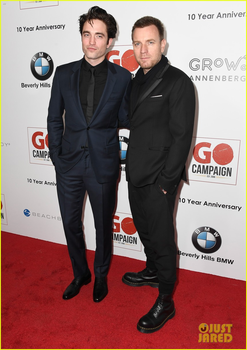 ewan mcgregor rob pattinson and liam hemsworth suit up for go campaign gala 293803056