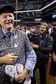 bill murray celebrates chicago cubs win 01