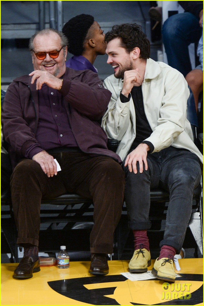 Jack Nicholson His Son Ray Share A Laugh At Lakers Game Photo 3815699 Jack Nicholson Ray Nicholson Pictures Just Jared Последние твиты от ray nicholson (@ralannicholson). just jared