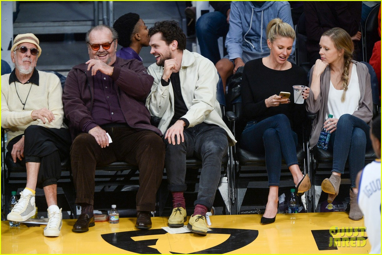 Jack Nicholson His Son Ray Share A Laugh At Lakers Game Photo 3815705 Jack Nicholson Ray Nicholson Pictures Just Jared Последние твиты от ray nicholson (@ralannicholson). just jared