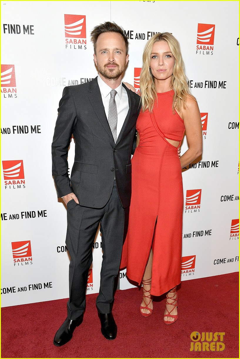 aaron paul annabelle wallis buddy up for come and find me premeire 013802053