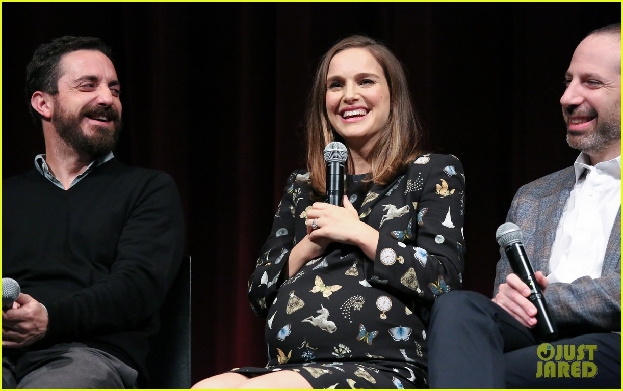 natalie portman is not as pregnant as she looks i have months to go 073817888