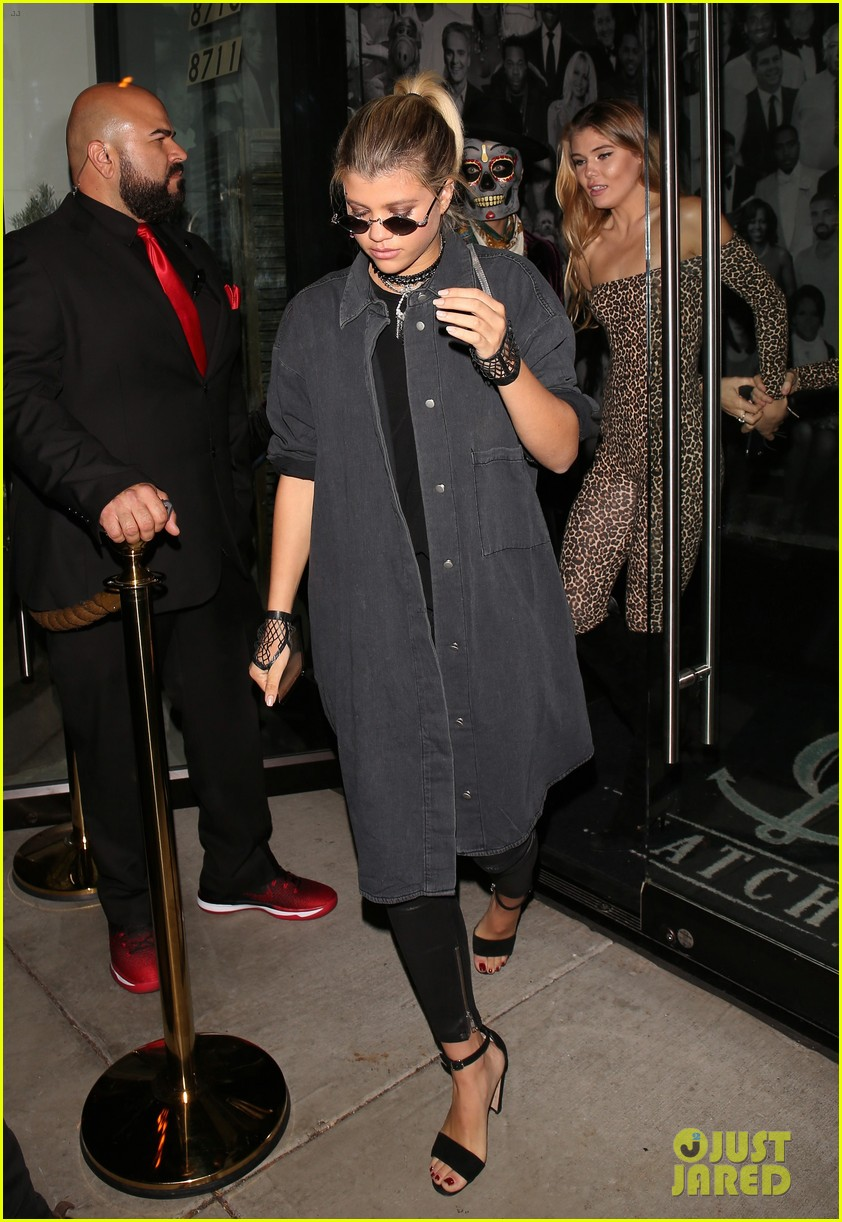 sofia richie goes goth for halloween party 013799661