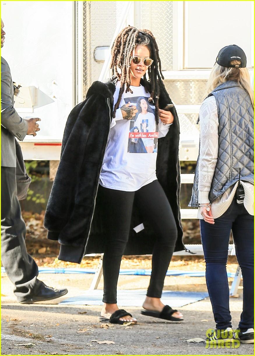 rihanna wears photo of herself wearing hillary clinton shirt 373804640