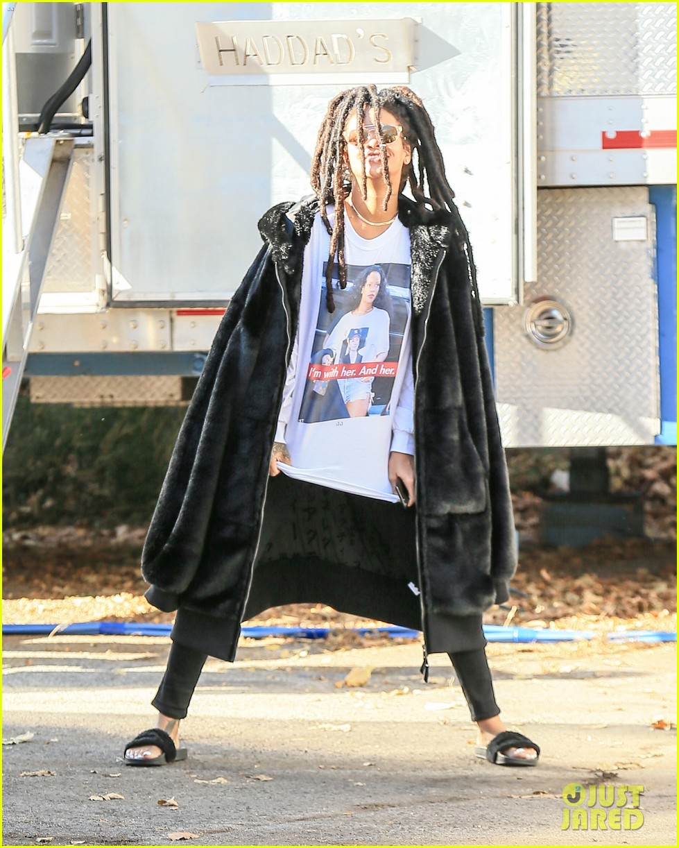 rihanna wears photo of herself wearing hillary clinton shirt 393804642