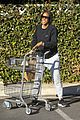 kelly rowland spends thanksgiving with beyonces mom tina 08