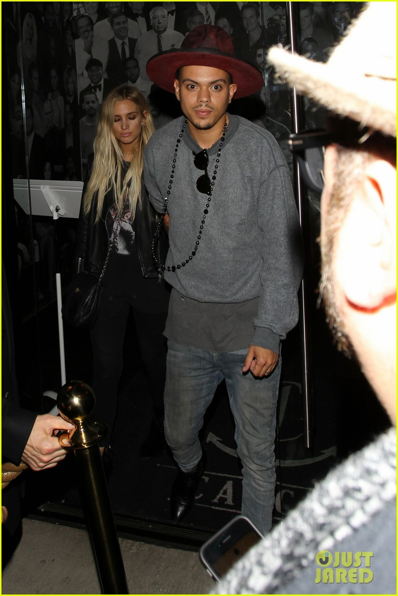jessica ashlee simpson go on date nights with their guys 193802651