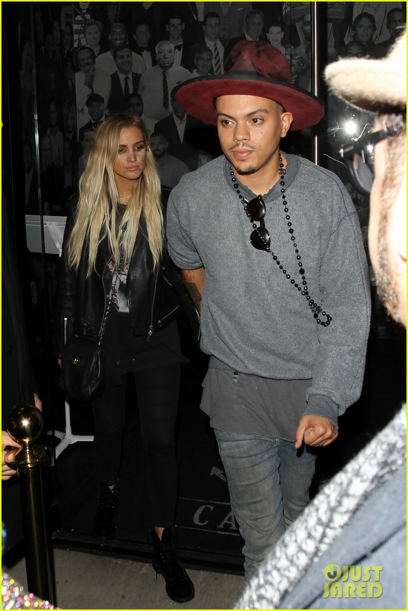 jessica ashlee simpson go on date nights with their guys 203802652