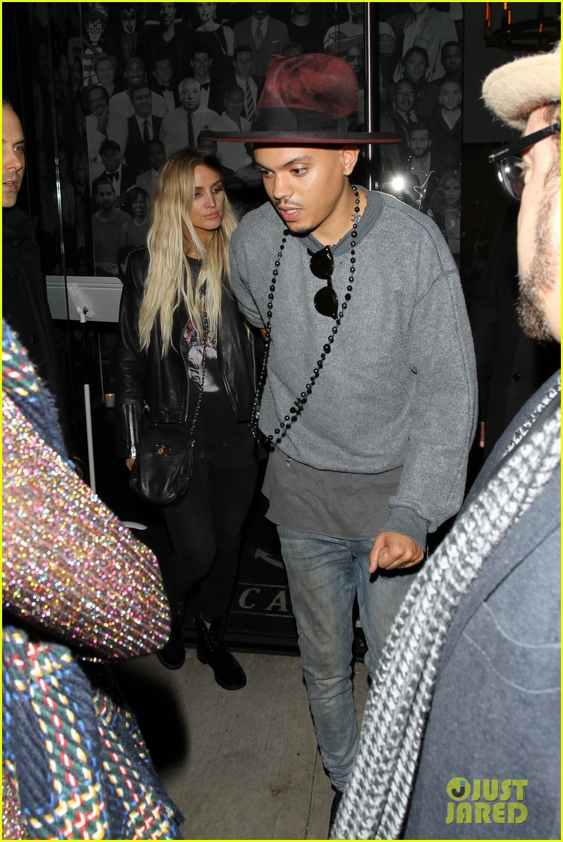 jessica ashlee simpson go on date nights with their guys 223802654