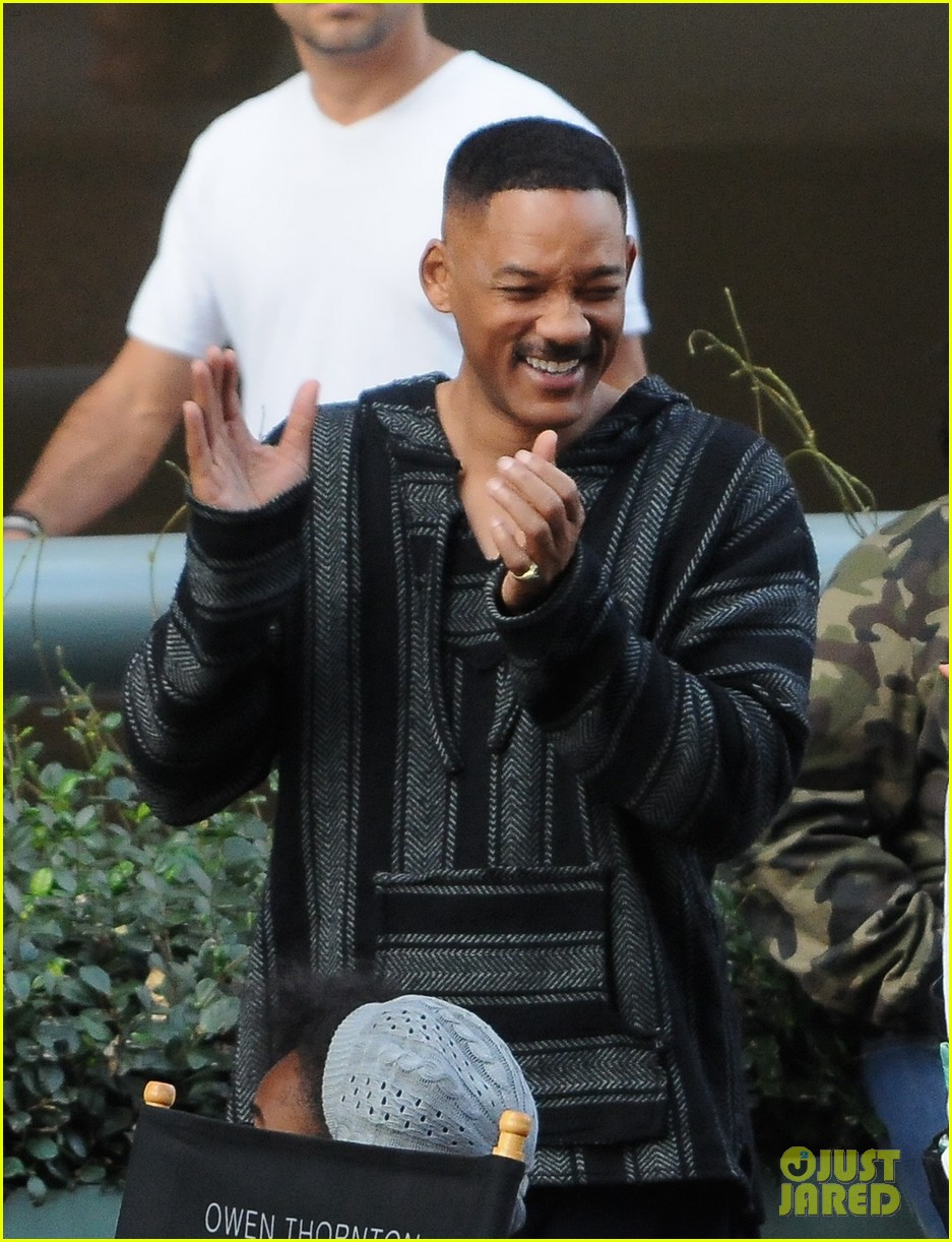 will smith brings lots of laughs to bright set 083807304