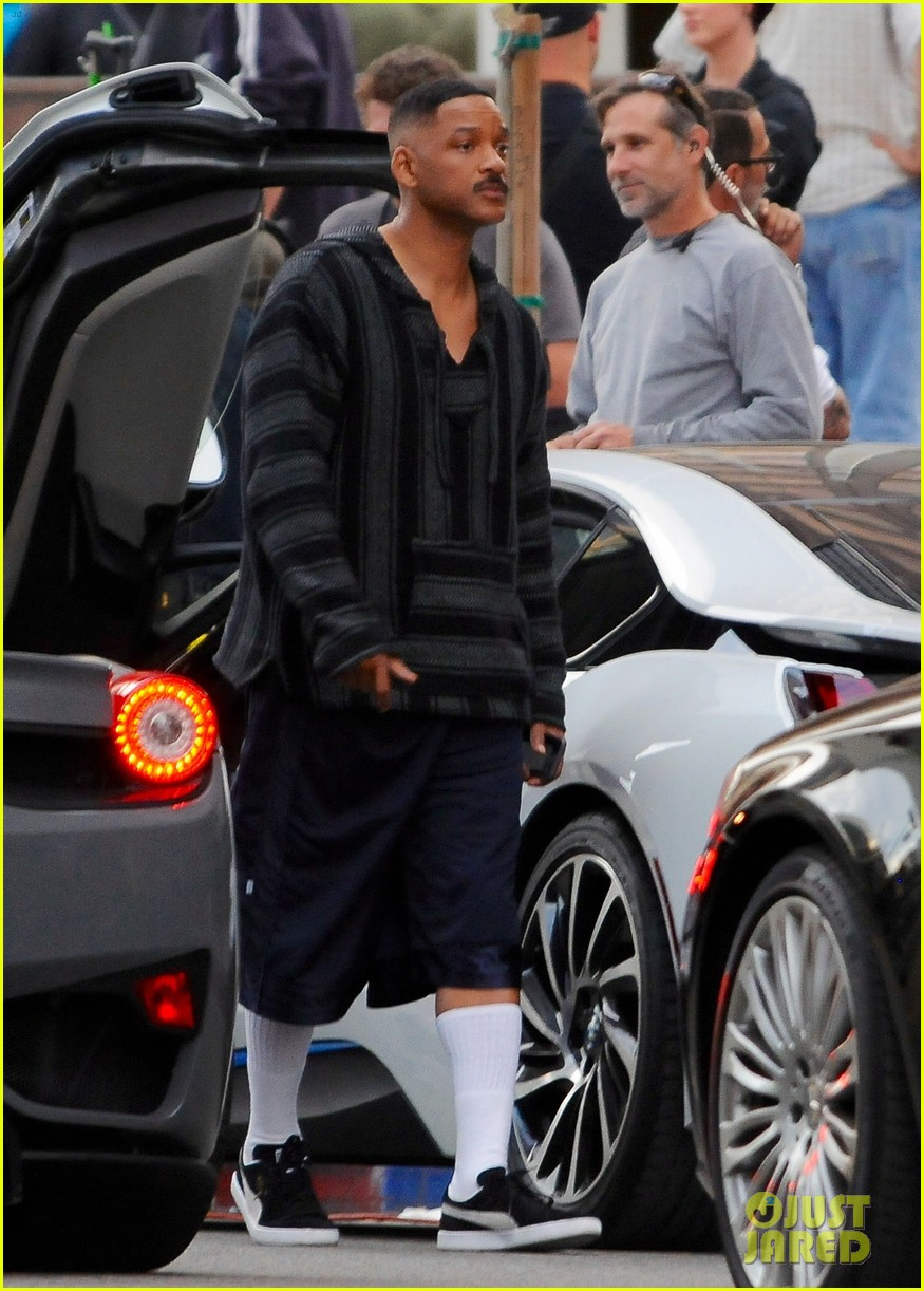 will smith brings lots of laughs to bright set 103807306