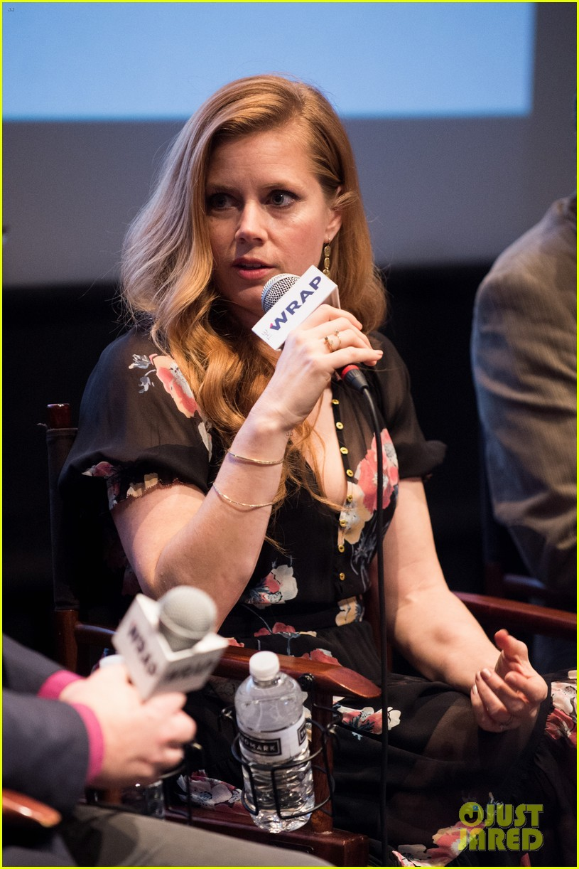amy adams says award season can be overwhelming 053828613