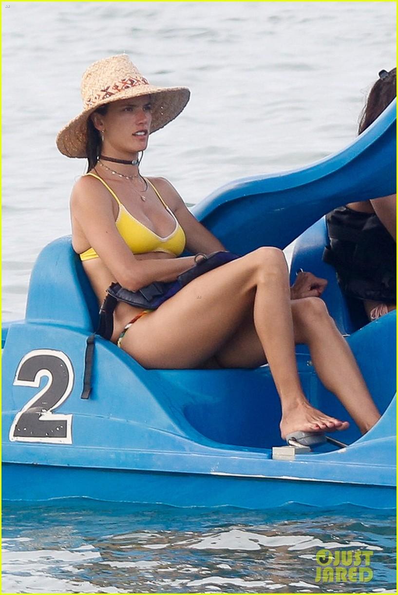 Alessandra Ambrosio Brazil nude (88 photo), leaked Fappening, Twitter, underwear 2019