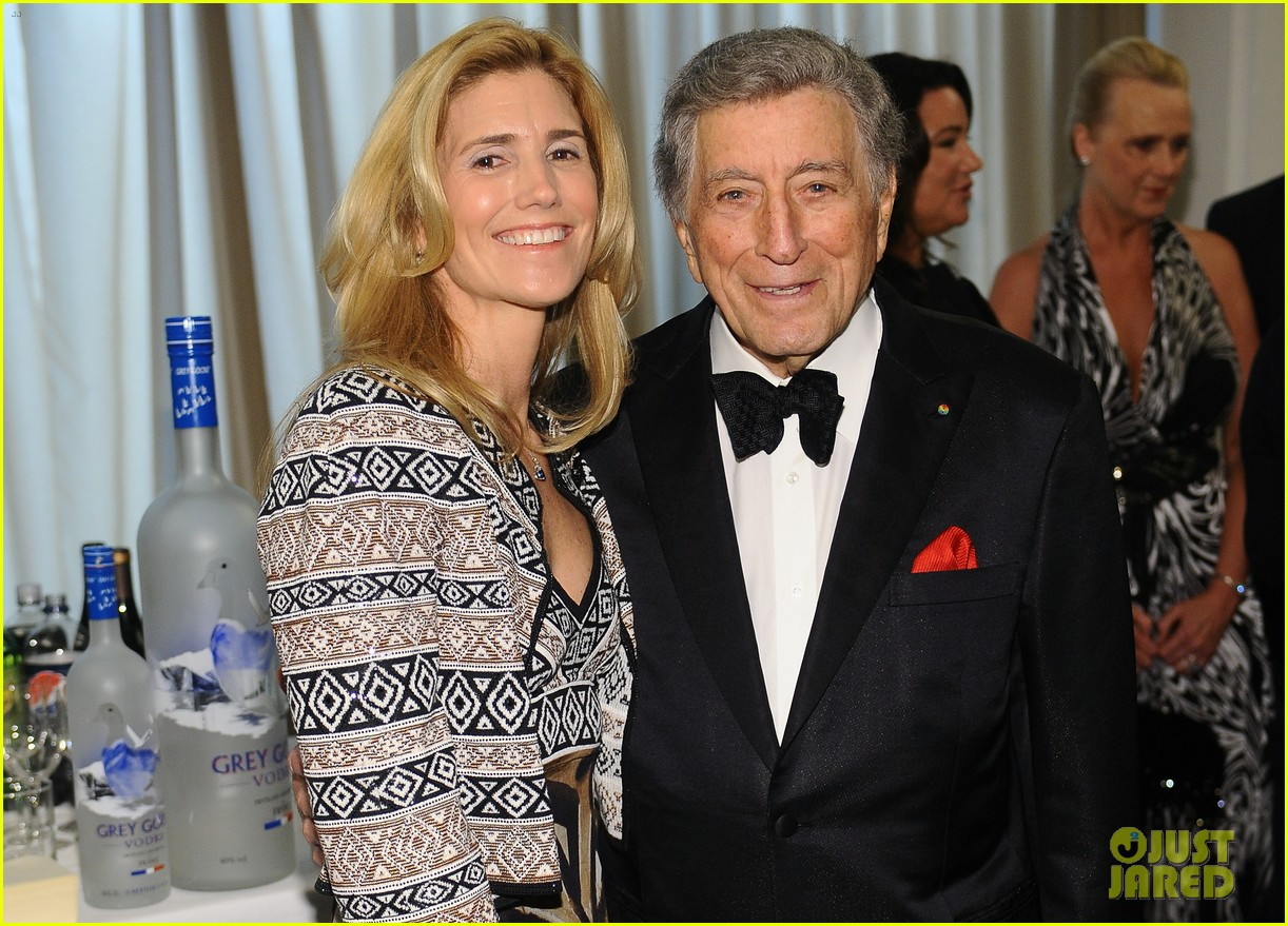 tony bennet wife susan crow 063831249