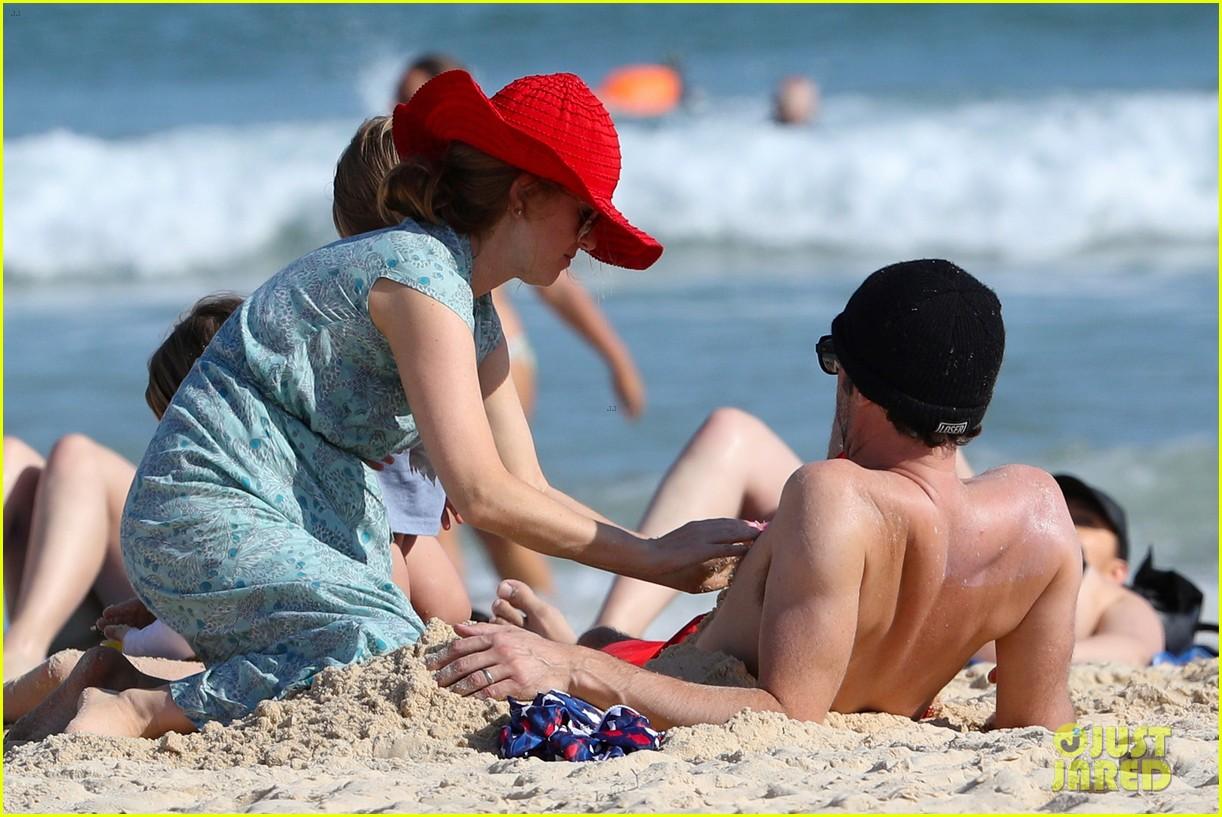 isla fisher beach naked
