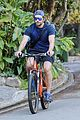 bradley cooper goes on bike ride for his daily workout 09