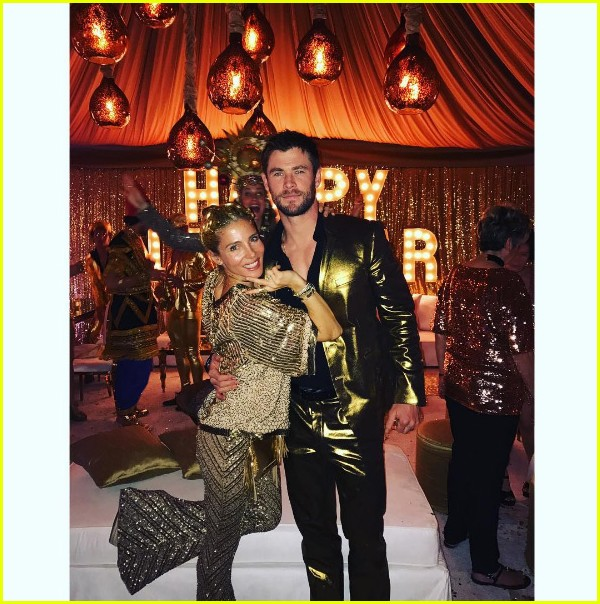 chris hemsworth gold suit new years eve elsa pataky 023835033