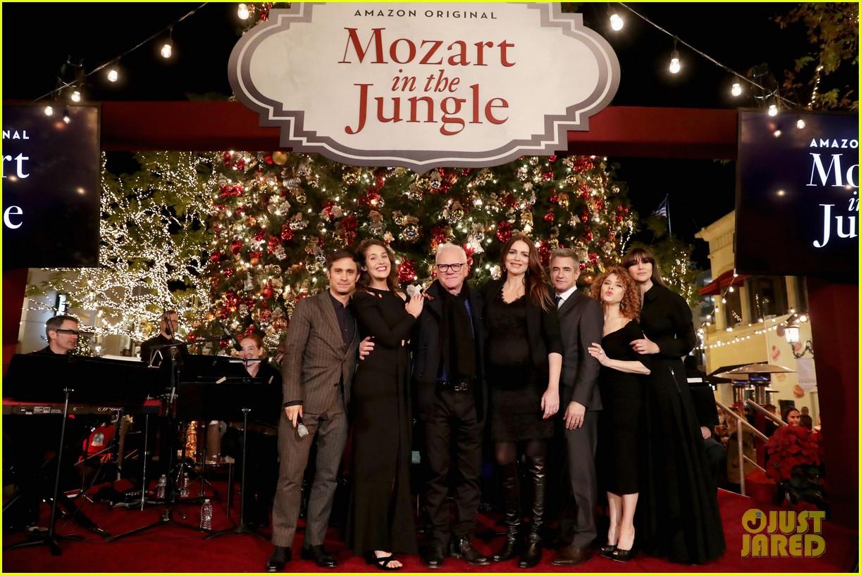 gael garcia bernal and mozart in the jungle cast premiere season three in la 023819543