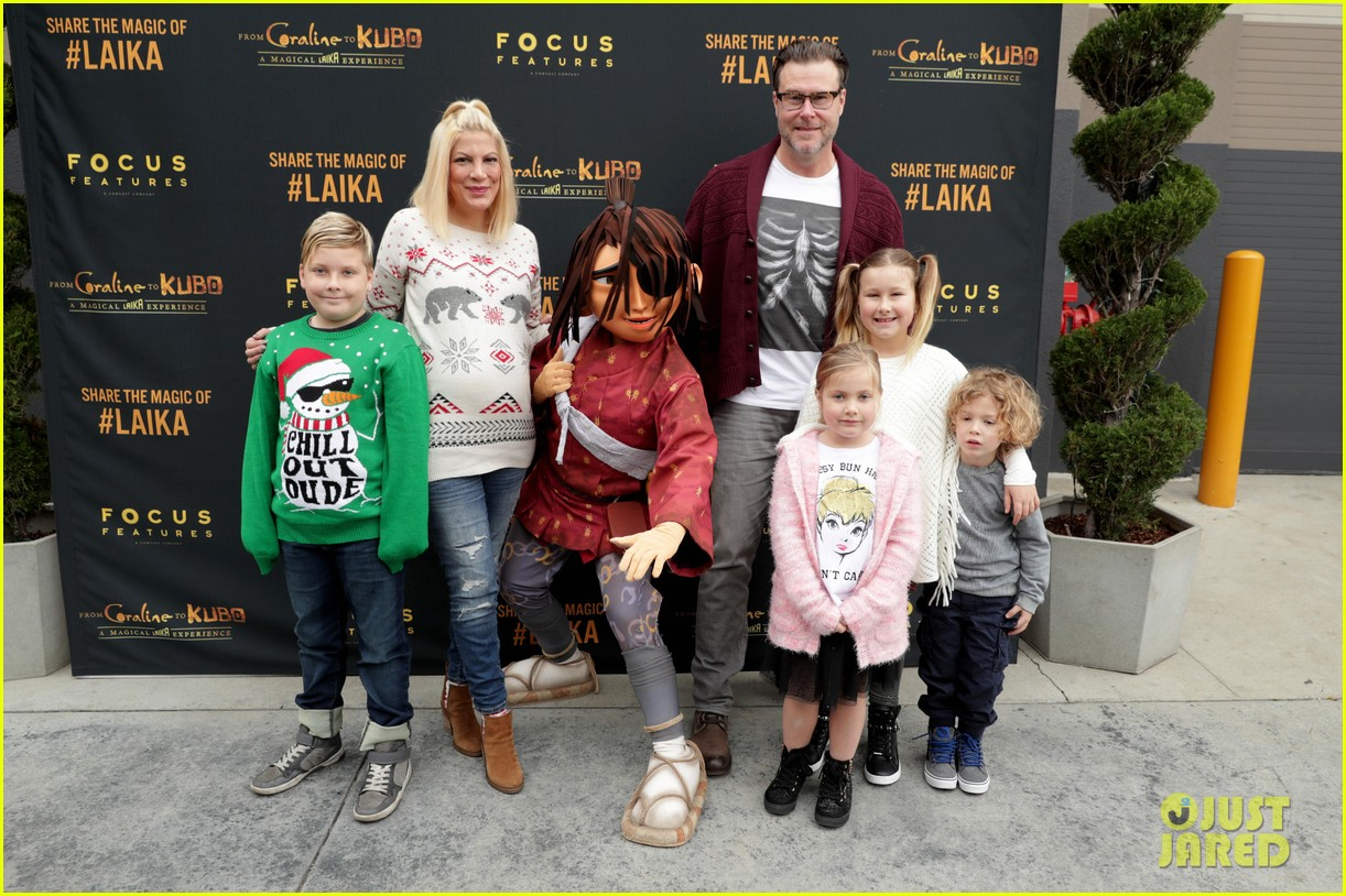 jaime king makes it a family affair at magical laika experience 203832209