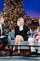 jennifer lawrence admits shes secretly peeing in this photo with her mom 01