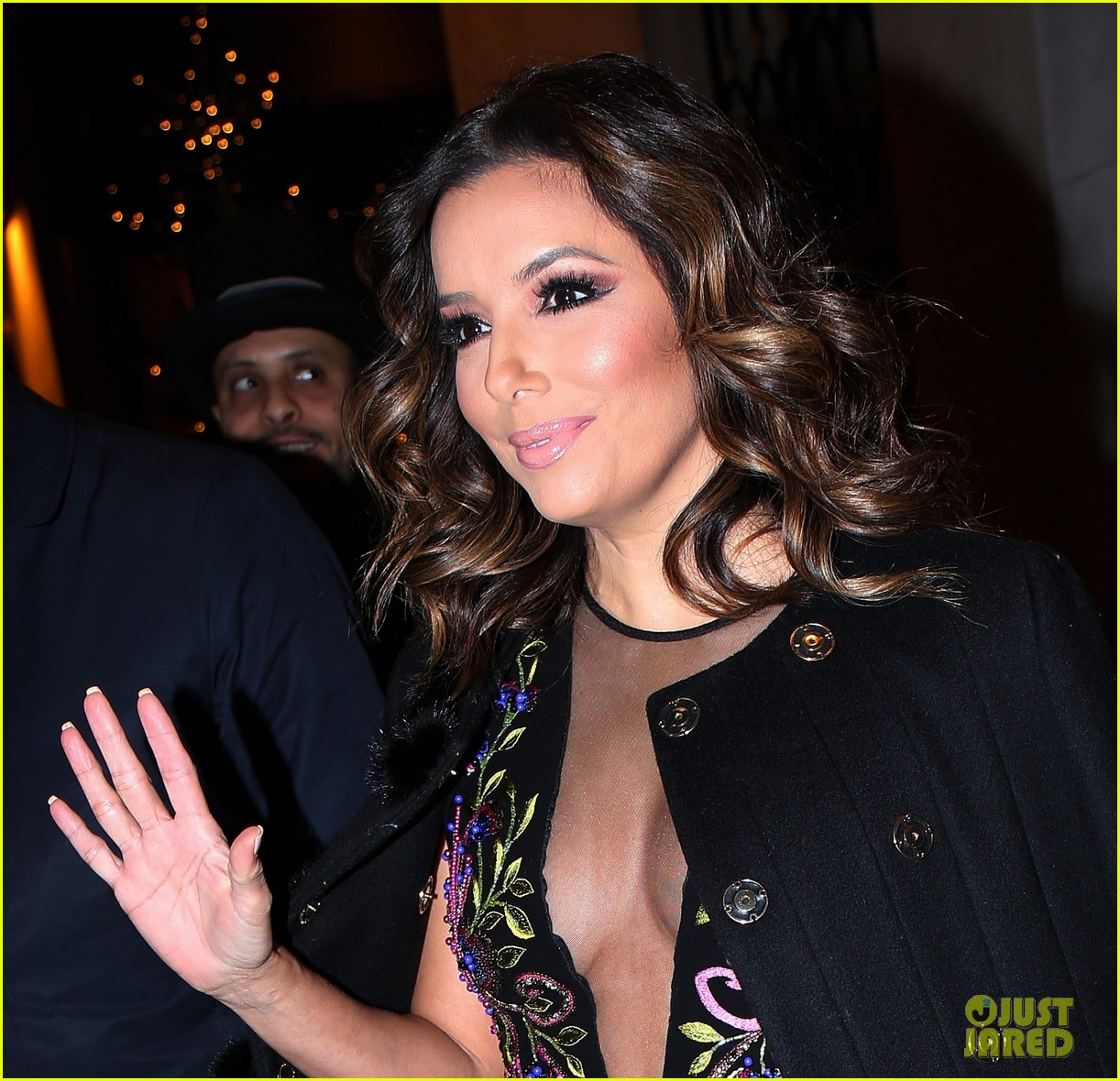 About Photo #3829715: Eva Longoria looked so stunning for her girls night out in Paris last night! The 41-year-old actress and businesswoman stepped out with models Doutzen Kroes and… Read More Here