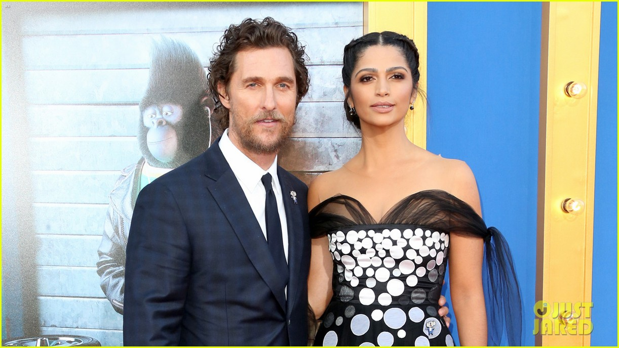 matthew mcconaughey and his family step out for sing premiere 033820464