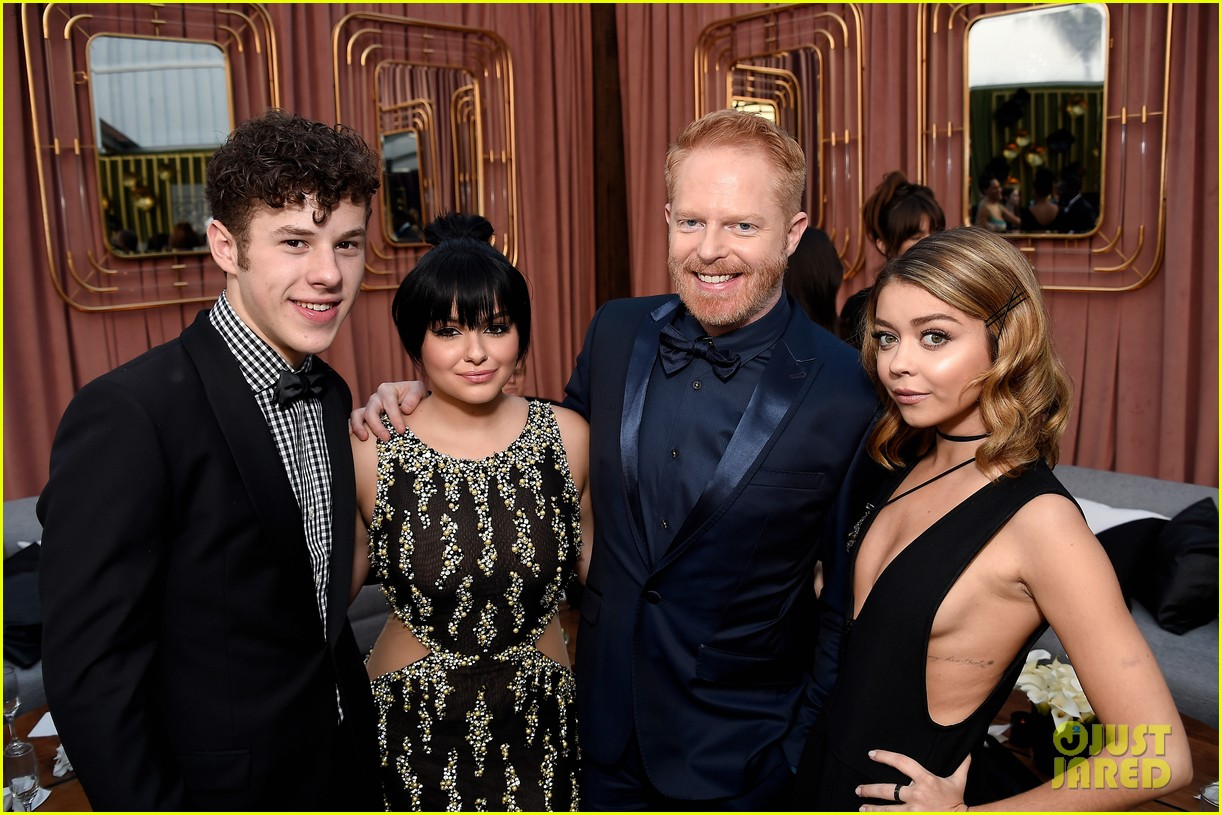 'Modern Family' Cast Enjoys a Night Out at Critics' Choice ...