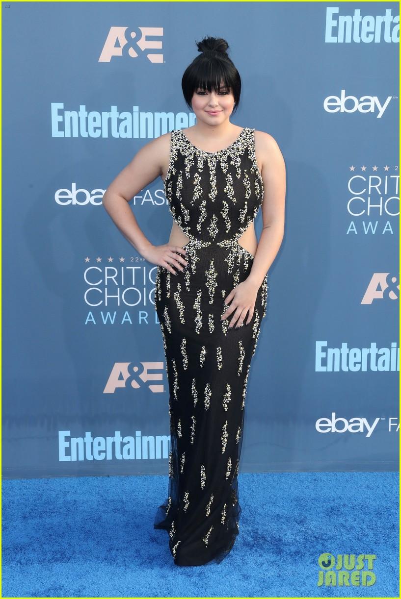 Modern Family' Cast Enjoys a Night Out at Critics' Choice Awards