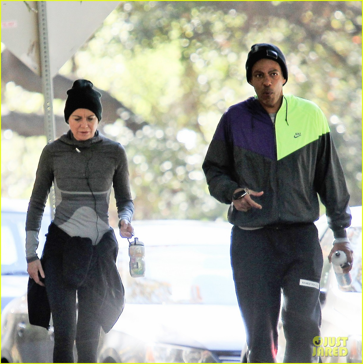 Ellen Pompeo Husband Ellen Pompeo Husband Chris Ivery Enjoy Hiking Trip In Los Feliz