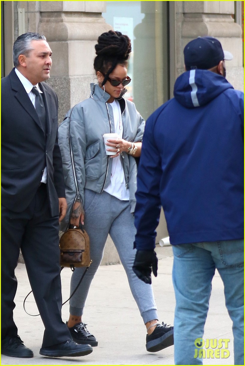 free shipping c6e94 687c8 Rihanna Arrives to 'Ocean's Eight' Set in Her Fenty x Puma ...