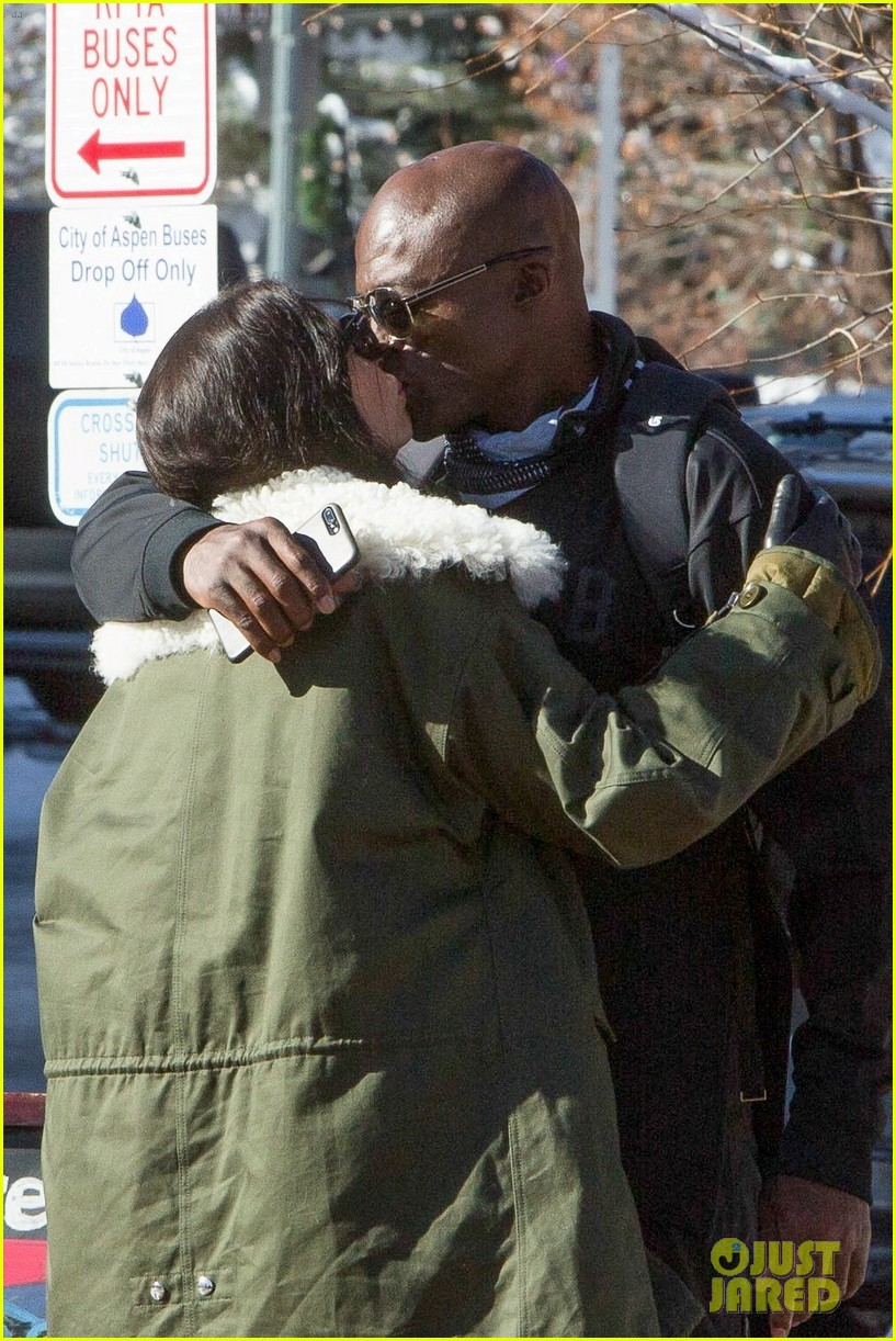 seal steps out with new girlfriend on holiday vacation 023832705