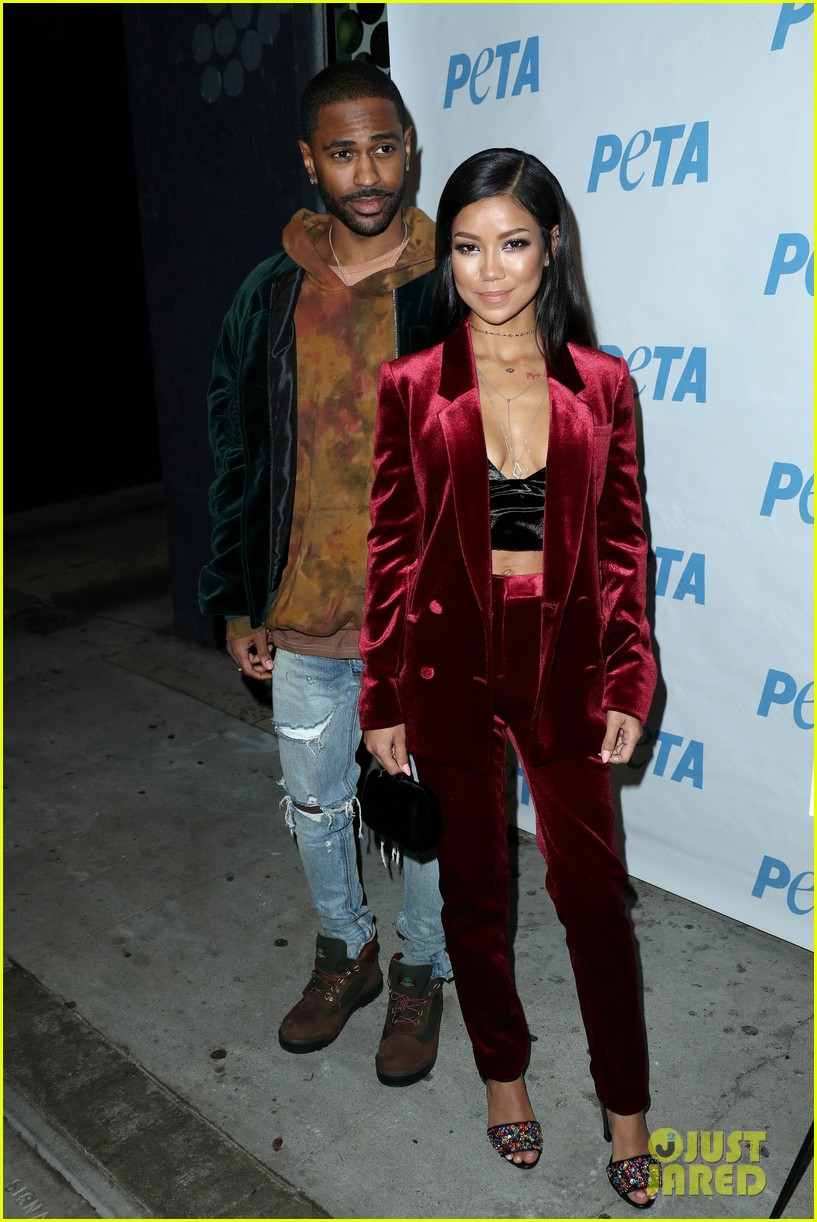 big sean jhene aiko couple up at peta naked ambition exhibit 063822182