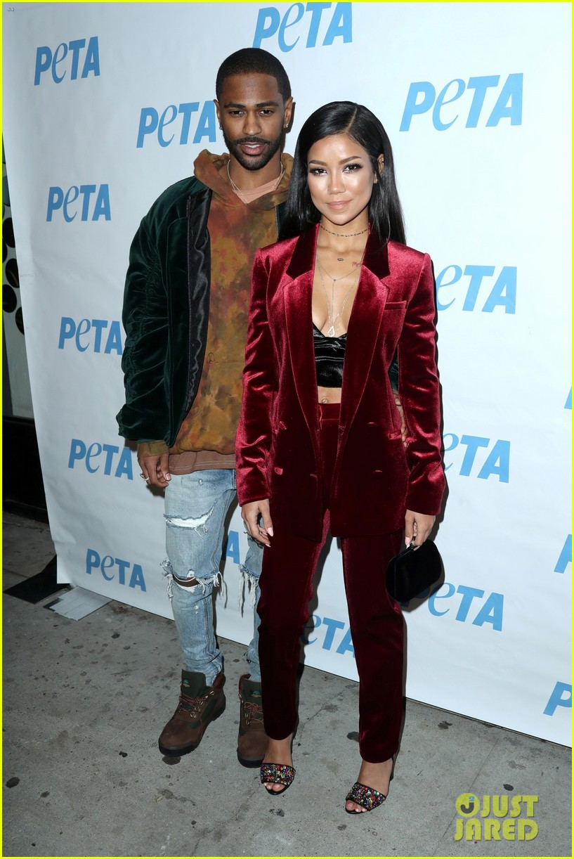 big sean jhene aiko couple up at peta naked ambition exhibit 083822184