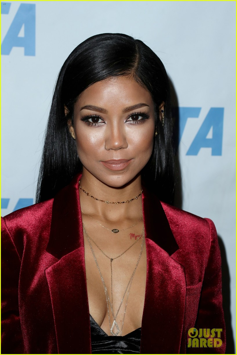 big sean jhene aiko couple up at peta naked ambition exhibit 153822191