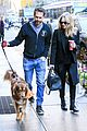 amanda seyfried thomas sadoski step out after pregnancy news 17