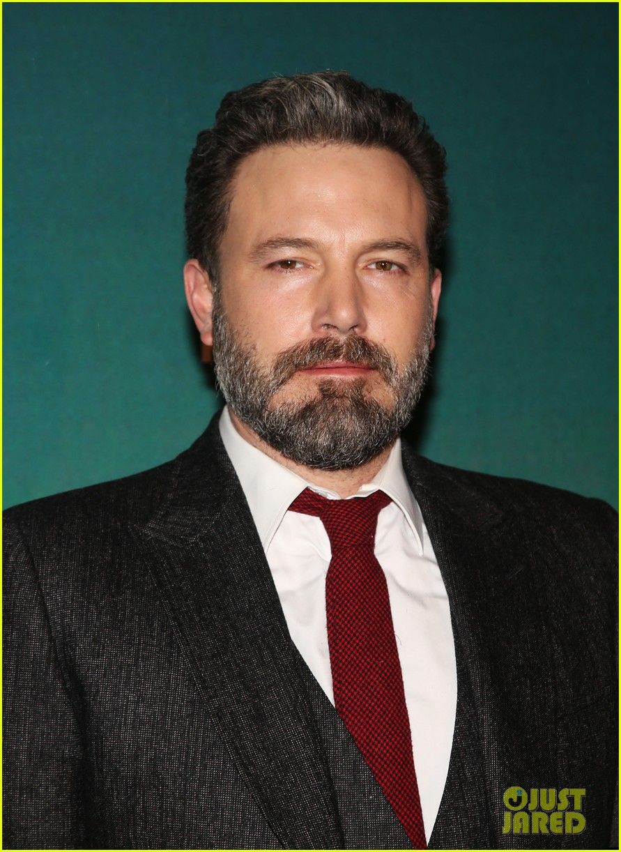 ben affleck live by night paris premiere 073843244