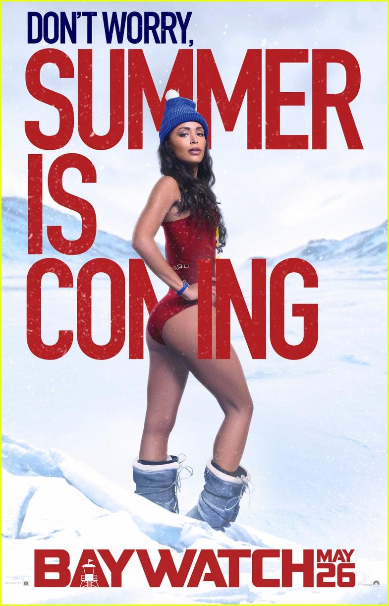 baywatch unveils new posters zac efron dwayne johnson 053847228